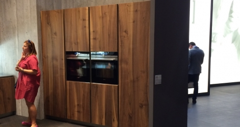 Wood Grain integrated cabinets PB Kitchen Design in Milan e1463420761751